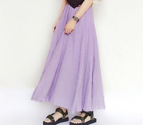 1e467ae6efe861 スカートにカラーを入れて華やかな印象に♪